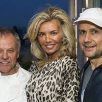 Wolfgang Puck, Claire Caudwell and Marc Quinn