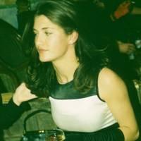 Kirsty Lee