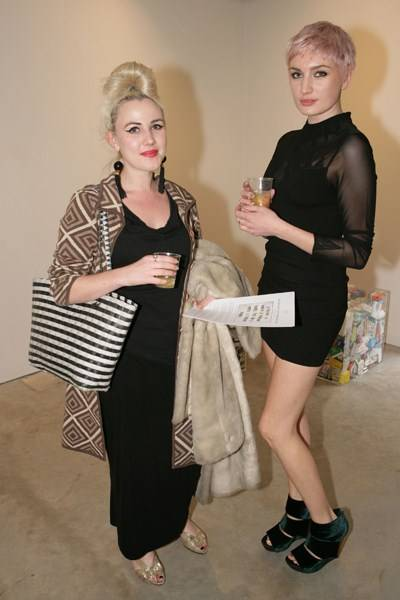 Roxie Pandora and Victoria Williams