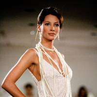 1992 - Christy Turlington on the runway