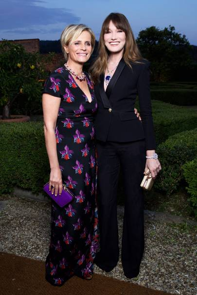 Isabella Ferrari and Carla Bruni