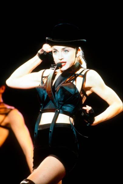 Blonde Ambition tour, 1990