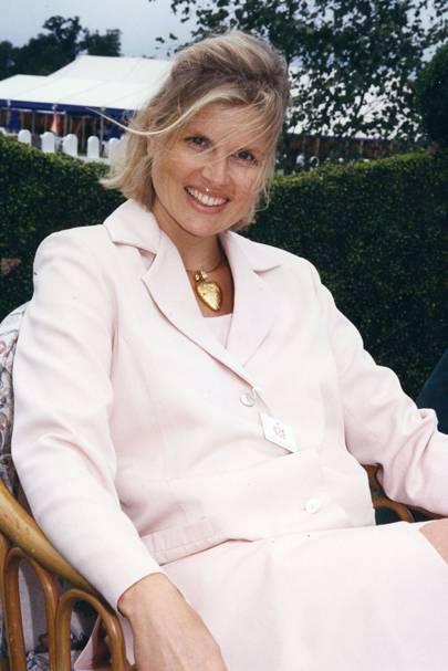 Mrs Michael Saunders