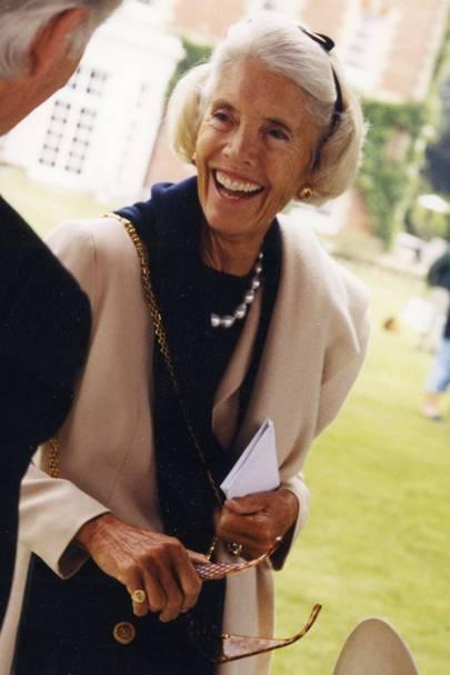 Mrs Geoffrey Kent