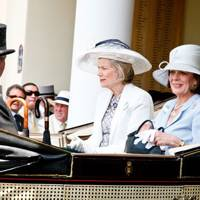 The Countess of Dalhousie and the Duchess of Abercorn