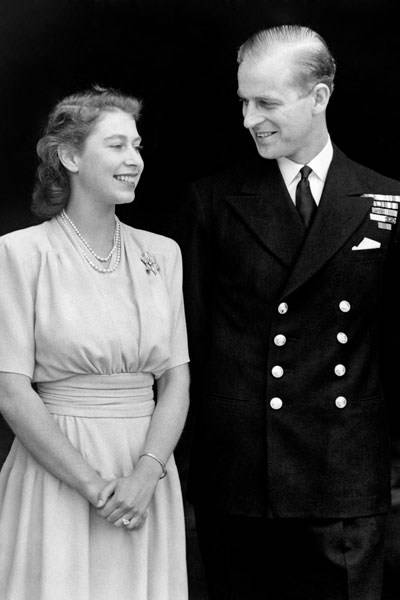 Lieut. Philip Mountbatten and Princess Elizabeth announcing their engagement, 1947