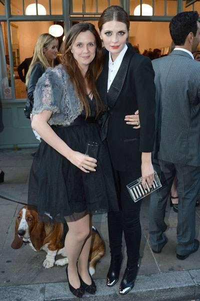 Zoe Barton and Mischa Barton