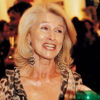 Mrs Susanne Togna