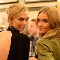 Karlie Kloss amd Rosie Huntington-Whiteley