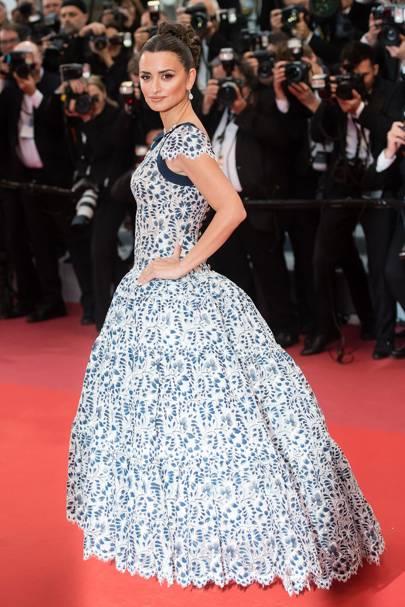 Penelope Cruz wearing Chanel Haute Couture, 2019