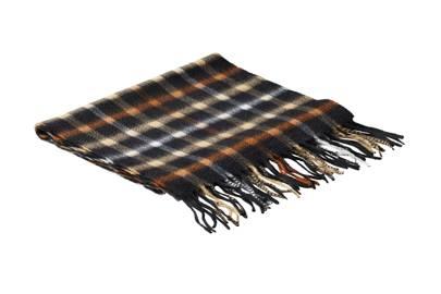 Daks scarf