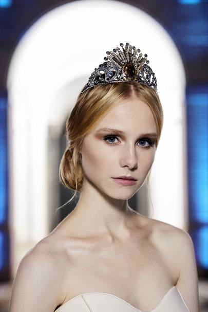Wagner's The Rhinegold inspires Donatella Versace to design a 380-crystal tiara