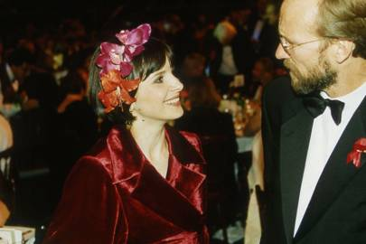 Juliette Binoche and William Hurt