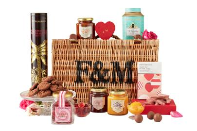 Fortnum & Mason Lovestruck hamper