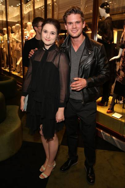 Alice Englert and Jermemy Irvine