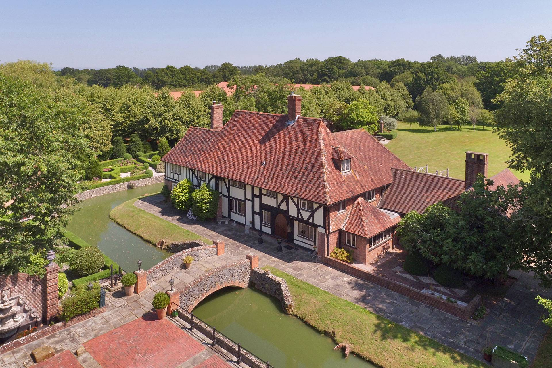 Country Houses Estates For Sale In 2021 Tatler