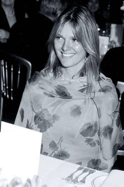 Mrs Ollie Lambert