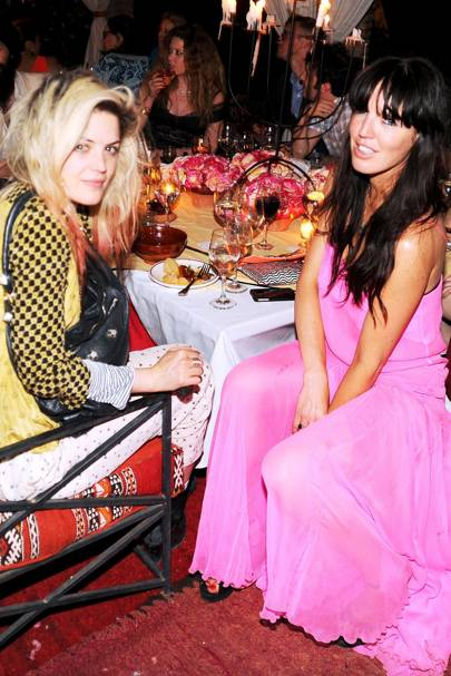 Alison Mosshart and Nicci Hunter