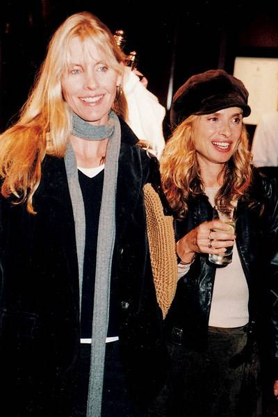 Mrs Frank Rodham and Miss Maryam D'Abo