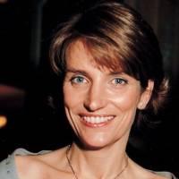 Lady Carolyn Warren