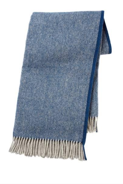 MOALIE wool throw