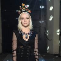 Maddi Waterhouse at Dolce & Gabbana A/W18