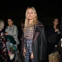 Sienna Miller at Burberry A/W18