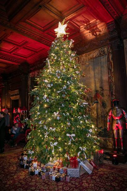 Chatsworth House Room: How Britain's Finest Stately Homes Do Christmas: Highclere