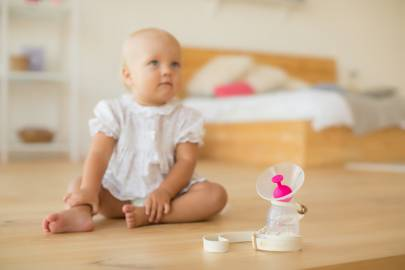 Silicone Breast Pump with Silicone Stopper And Strap by NatureBond
