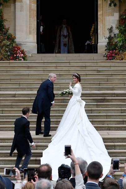 Eugenie Wedding Dress.Princess Eugenie Wedding Dress Designer Revealed Tatler