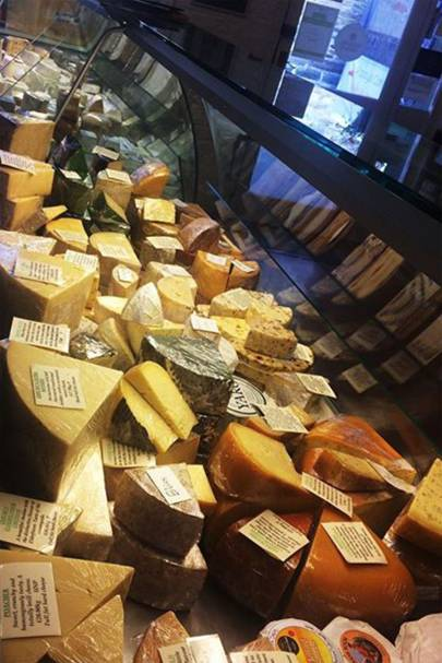 Country Cheeses, Totnes