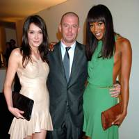 Annabelle Neilson, Alexander McQueen and Naomi Campbell, 2006
