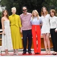 Dakota Johnson, Tilda Swinton, Luca Guadagnino, Chloe Grace Moretz, Mia Goth and Jessica Harper at the Suspiria photocall