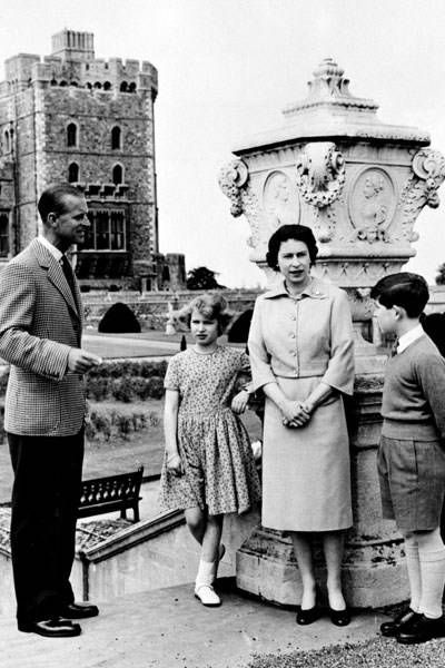 Prince Philip, Princess Anne, the Queen and Prince Charles, 1959