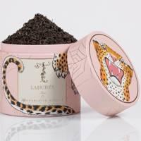 Box of loose leaf tea