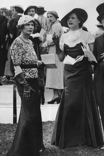 Sylvia Brett (left), Royal Ascot, 1935