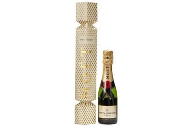 Moët Impérial Champagne cracker