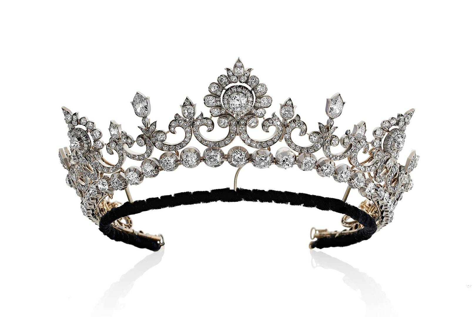 The 5th Marquess Of Anglesey S Diamond Tiara Is For Sale Tatler