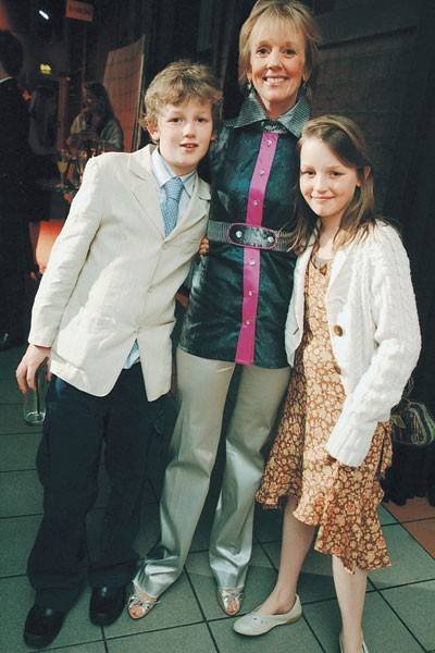 Arthur Lonsdale, James Lonsdale and Esme Lonsdale