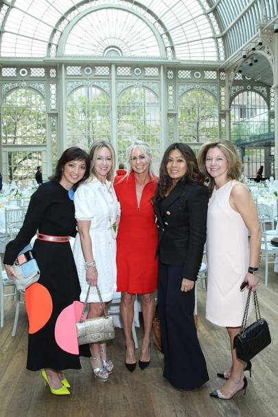 Michelle Yue, Allison Henry, Amanda Newson, Jackie O'Leary and Kate Gordon
