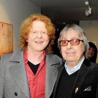 Mick Hucknall and Bill Wyman