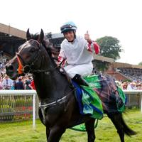Wayne Lordan on Slade Power