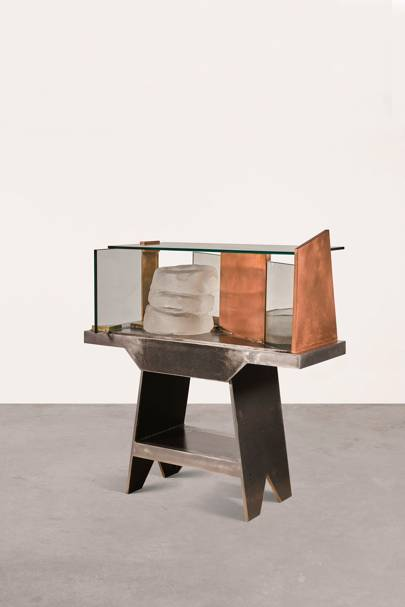 Anthony Caro, Display, est. £15,000-20,000