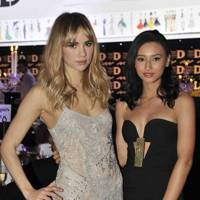 Suki Waterhouse and Leah Weller