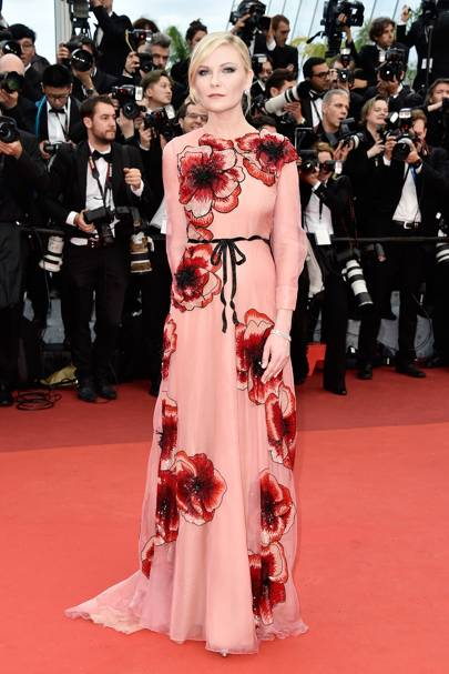 Kirsten Dunst wearing Gucci in 2016