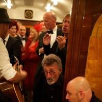 Eddie Jordan and musicians