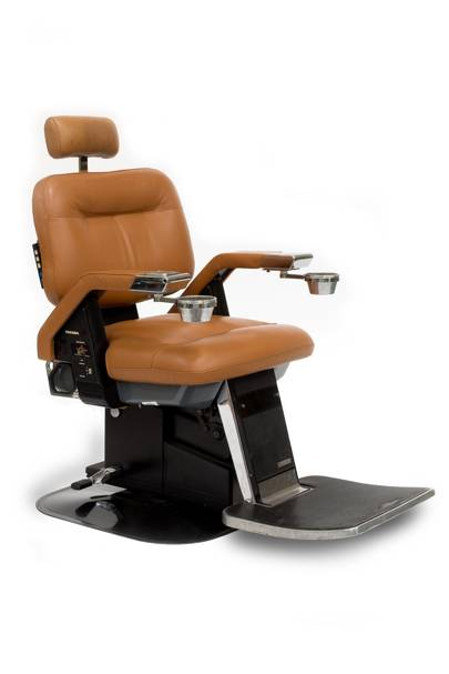 A barber's chair from the beauty salon