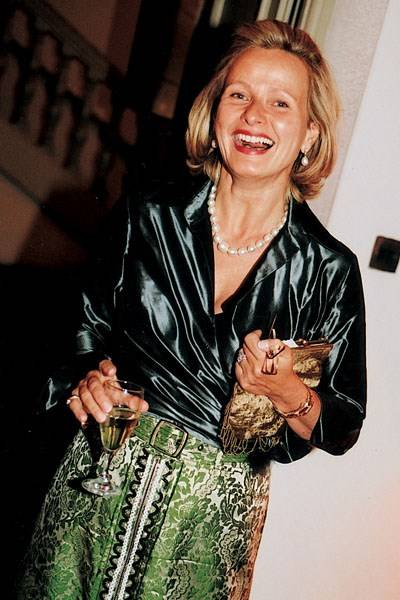 Mrs Jean-Francois Buisseret