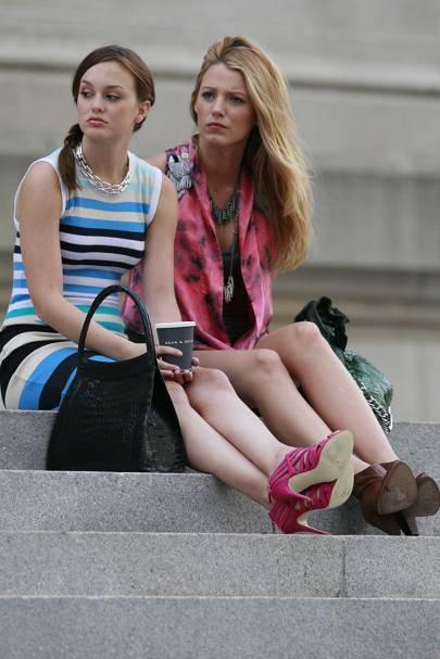 Blake lively y leighton meester en el set de gossip girl, 2009