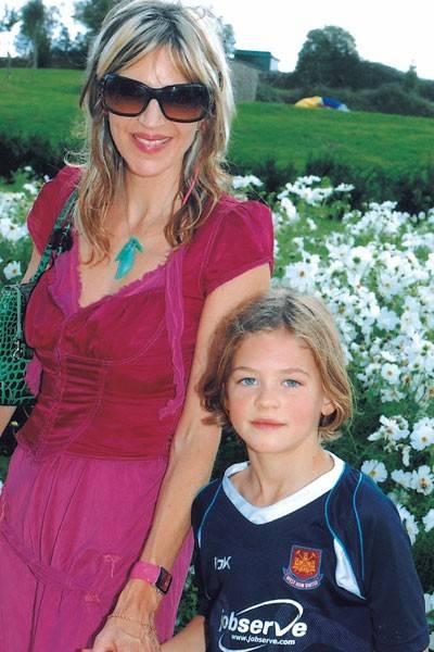 Martha Fiennes and Hero Fiennes Tiffin